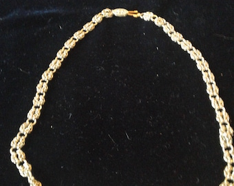 Gold flower chain