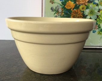 Hoffman small ceramic mixing bowl Made in Australia Pudding bowl Farmhouse kitchen Rustic decor Photo styling prop Collectibles