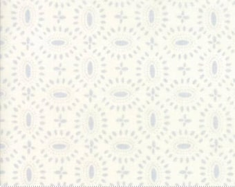 Moda BLOOMSBURY by Franny and Jane-floral broach in natural-(47515 12)-END of bolt-  3/4 yard