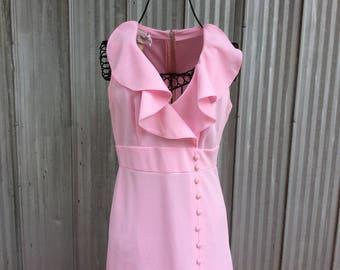 Robe maxi vintage des années 1970 - robe de polyester rose longue
