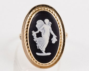 Antique Ring - Antique 14k Yellow Gold Angel Cameo Ring