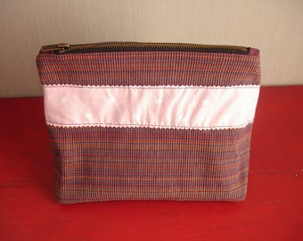 Toiletry bag in shades of plum