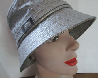 Kokin Silver Alligator Bucket Brim Hat Embodded Leather Gray Peach Basket