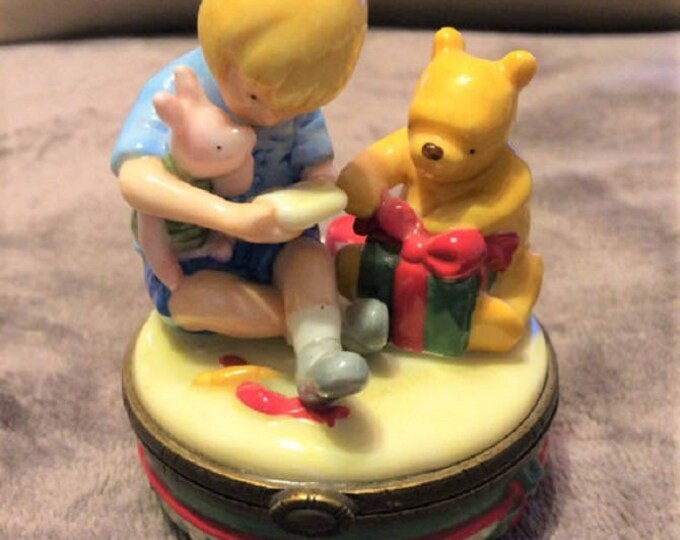 Toys- Winnie the pooh Trinket box- in excellent used condition- with reduced shipping