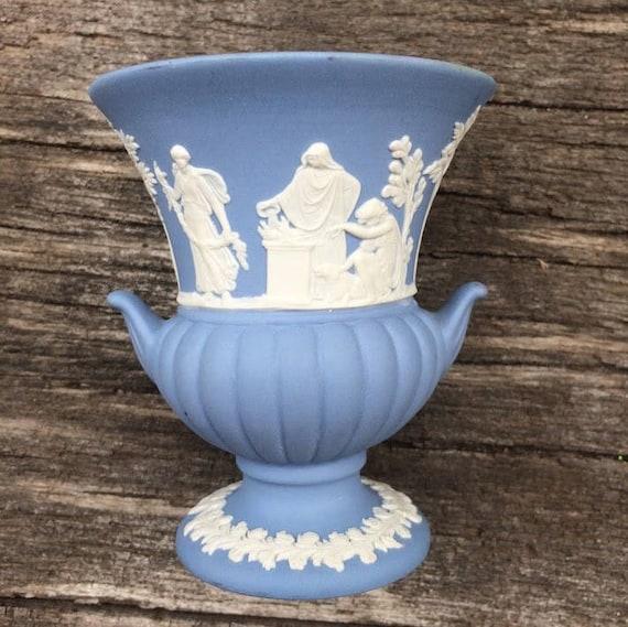 Vintage Wedgwood England Bud Vase Small Urn Shaped Vases Blue