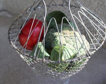 Vintage Vegetable Fruit Eggs Basket Storage Strainer Metal Kitchen Cooking Collapsible