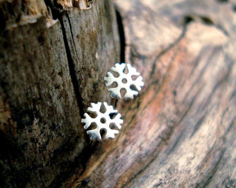 Rose Gold Snowflake Earrings Tiny Snowflake Earrings Dainty solid 14k solid Gold Snowflake post earrings gift for her womens gift for wife