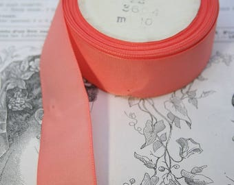 Vintage Taffeta Ribbon in Salmon Pink for embellishing clothing and hats!