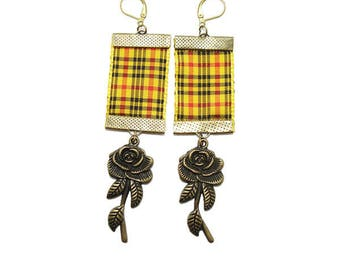 Scottish Tartan Stud Earrings, yellow, and his Rose Bronze.