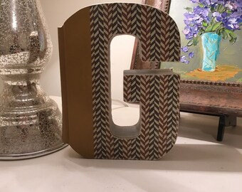 Book Letter 'G'