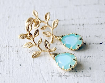 Bridemaid Jewelry, Bridal Accessories,  Bridesmaid Gift, Wedding Accessories - Chandelier Swarovski Crystal Cubic Zirconia Drop Earrings
