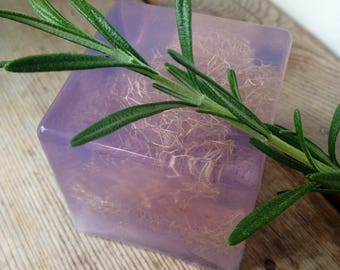 Lavender Essential Oil  - SLS free - Phthalate free - Exfoliating with loofah - Lovely gift