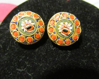 Vintage Beautiful Micro Mosaic Flower Clip On Earrings