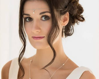 Bridal jewelry, swarovski necklace, custom made, backdrop chain, crystal, wedding, pearl, blush  cream, low back, brides,