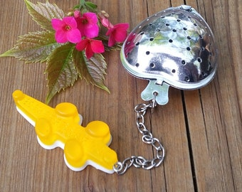 Heart and resin alligator tea Infuser