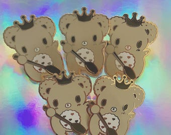 Choco Biscuit Royal Bear Enamel Pin Brooch, Royal Cookie Brooch, Cookie Bear Brooch, Cookie Pin, Chocolate Biscuit Bear Pin