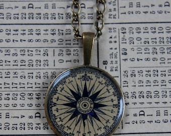 Necklace and pendant 30mm compass Rose • •