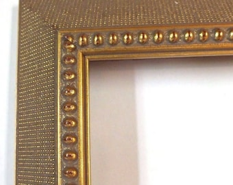 12-x-16-Antique-Gold-Ornate-Picture-Frame-Wood-Very-Pretty-Look 004
