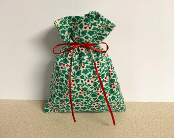 Christmas Gift Bags - 6 Ivy Holly Berry Small -  Reusable Eco-Friendly Cotton Fabric