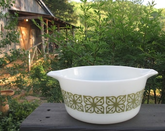 Vintage Pyrex Lidded Casserole Dish - Verde Square Flowers - White and Avocado Round Casserole