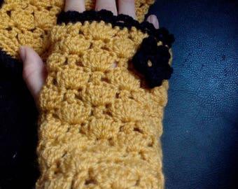 Pair of mustard yellow glove size large