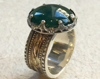 Silver gold crown ring, forest green agate ring, gypsy spinner ring, meditation ring, two tone gold filigree ring - Into The Mist R2305-4
