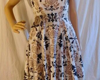 Vintage Cotton Day Dress Beige Brown Leaf Pattern