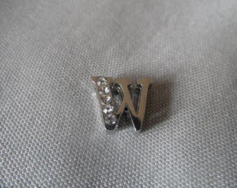 Width beads letter W with Rhinestone