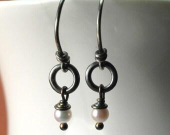 Akoya Pearl Earrings / Oxidized Sterling Silver Pearl Earrings / Dangle Pearl Earrings / Pearl Bridesmaid Earrings / Pearl Drop Earrings