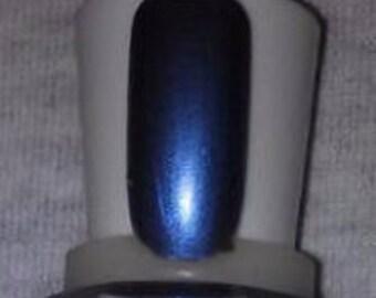 Hue give love a bad name 15ml nail polish