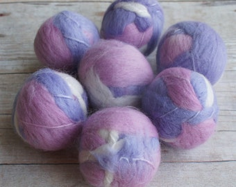 Felt Beads, Extra large Beads, Purple and Pink shades Beads, Felt Balls Felt Beads Felted Balls Wool Beads, Round