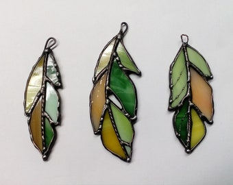 Set of three stained glass Feather. Feather suncatcher, Glass Feather, Tiffany style.