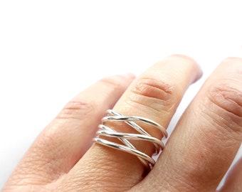 Statement Ring, Minimalist Ring, Infinity Ring, Eternity Band, Wave Ring, Thumb Ring, Silver Stacking Ring, Boho Ring, Wrap Around Ring