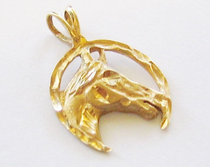 """Cute...14K Solid Yellow Gold, """"Unisex"""" Lucky Horseshoe Pendent or Charm."""