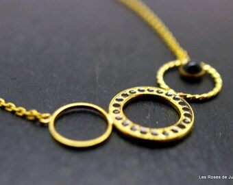 circle necklace gold, Gold circle necklace.