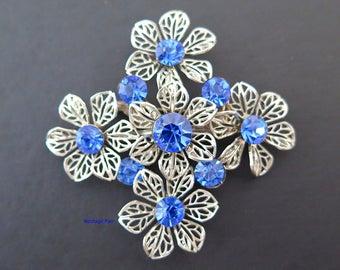 Vintage Blue Rhinestone Flower Brooch Silver Tone Pin Floral Cluster