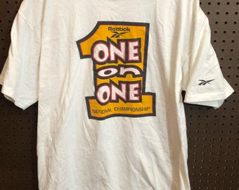"""1990s Reebok """"One on One"""" National Championship Shirt Vintage Men's XL Made in USA"""
