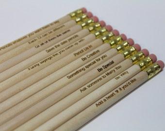 Personnalisé gravé crayons lot de 12 - bois naturel