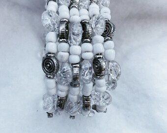 White and black wirewrap memory bracelet with cute earrings to match