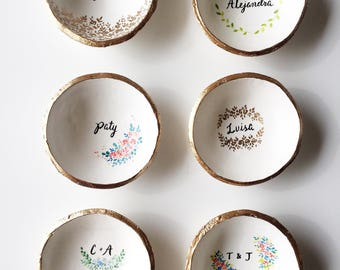 Personalized Ring Dish / Personalized Gift / Personalized Ring Dish / Unique Gift / Custom Name Gift / Gift for Her / Gift for Mom /