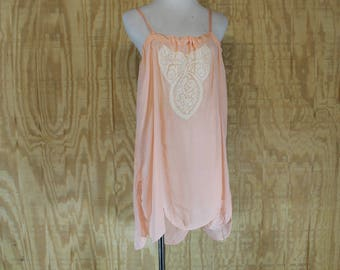 Vintage 1920's Lingerie Peachy Pink Silk Charmeuse Scalloped Hem Lace Flapper Chemise Step In Medium Large