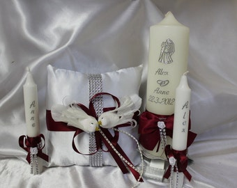 Personalised wedding candle and pillow set