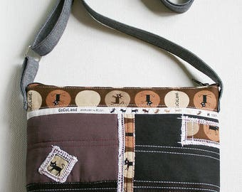 Crossbody bag with cats 1