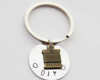 Sewing Keychain, Quilter Keychain, DIY Keychain, Seamstress Keychain, Spool of Thread Keychain, Sewing Gift, Seamstress Gift