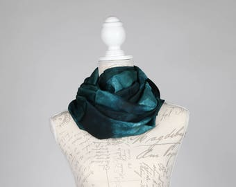 Forest green infinity scarf / Trendy spruce circle scarf / dark green Infinity silk scarf / blue green loop scarf scarf / scarves for women