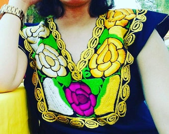 S-M Mexican blouse embroidered.