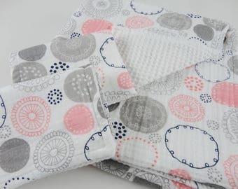 Circles Baby/Toddler Bath Set - Hooded Towel & Wash Cloths - Made to Order
