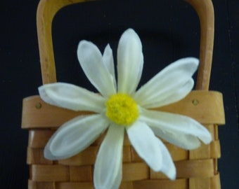 Daisy flower girl basket. Flower girl basket.