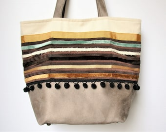 Tote bag in canvas.