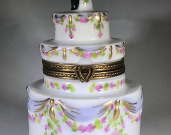 Limoges Limited Edition Wedding Cake Trinket Box Authentic & Vintage